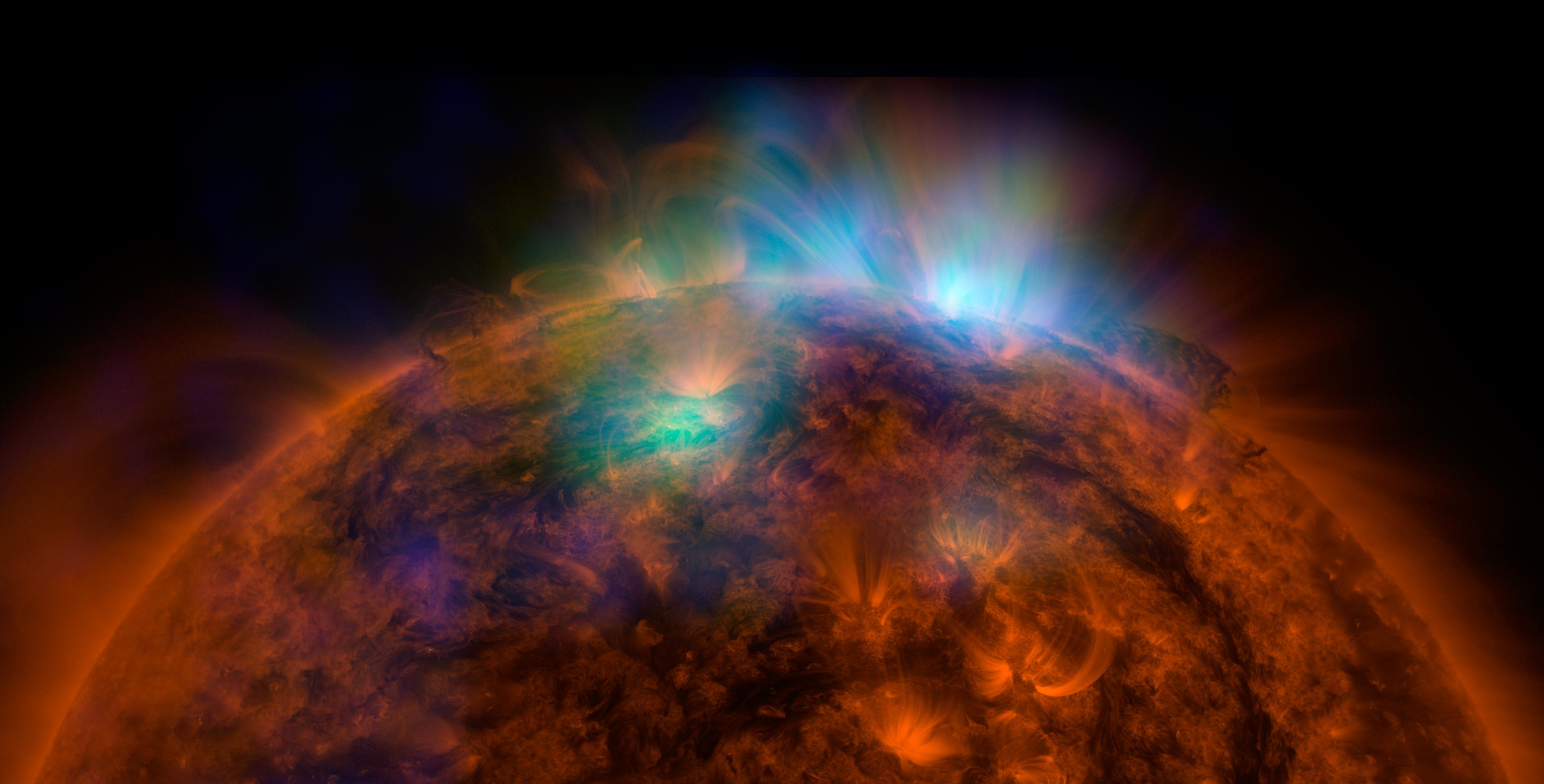 X-Rays streaming from the sun